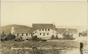 bascom-lodge-postcard-1930s